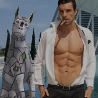 Book Review: RoboHound Forced Me Gay - This is how the machines win!