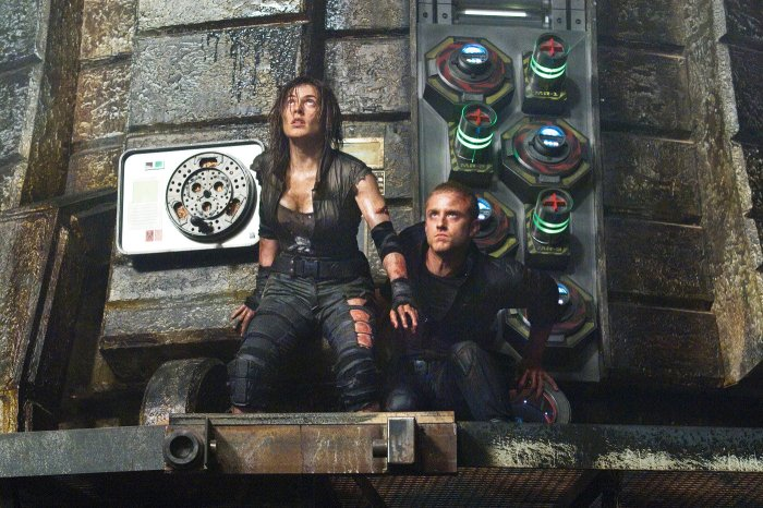 Pandorum Traue & Foster.jpg